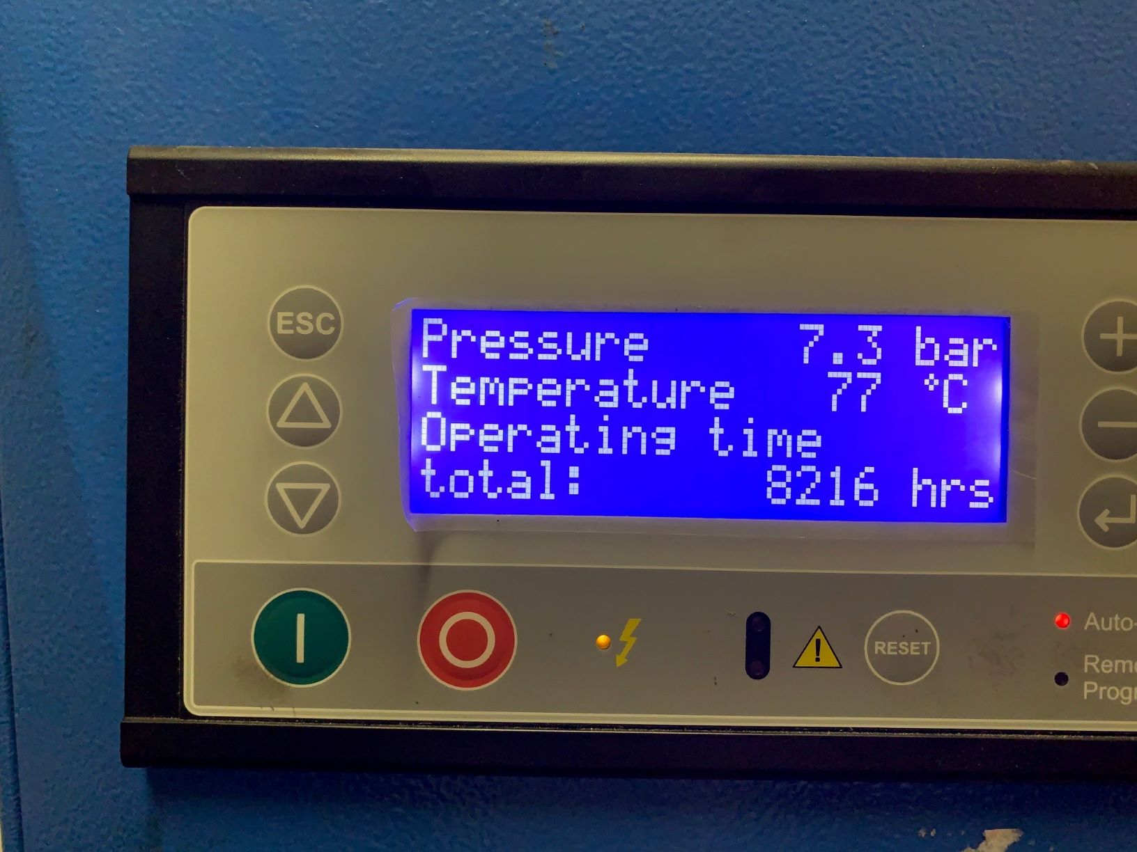 ABAC GENISIS 18.5 500 18.5Kw 8 Bar 100 CFM With Dryer Low Hours
