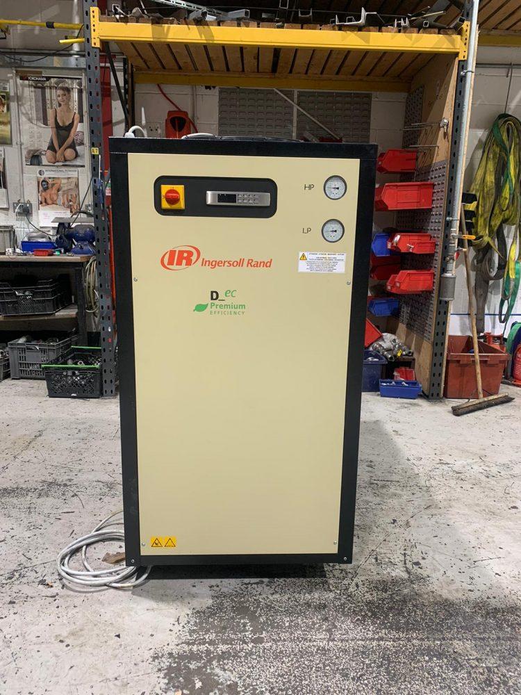INGERSOLL RAND D1890 1112 CFM Refrigerant Air Dryer 2018