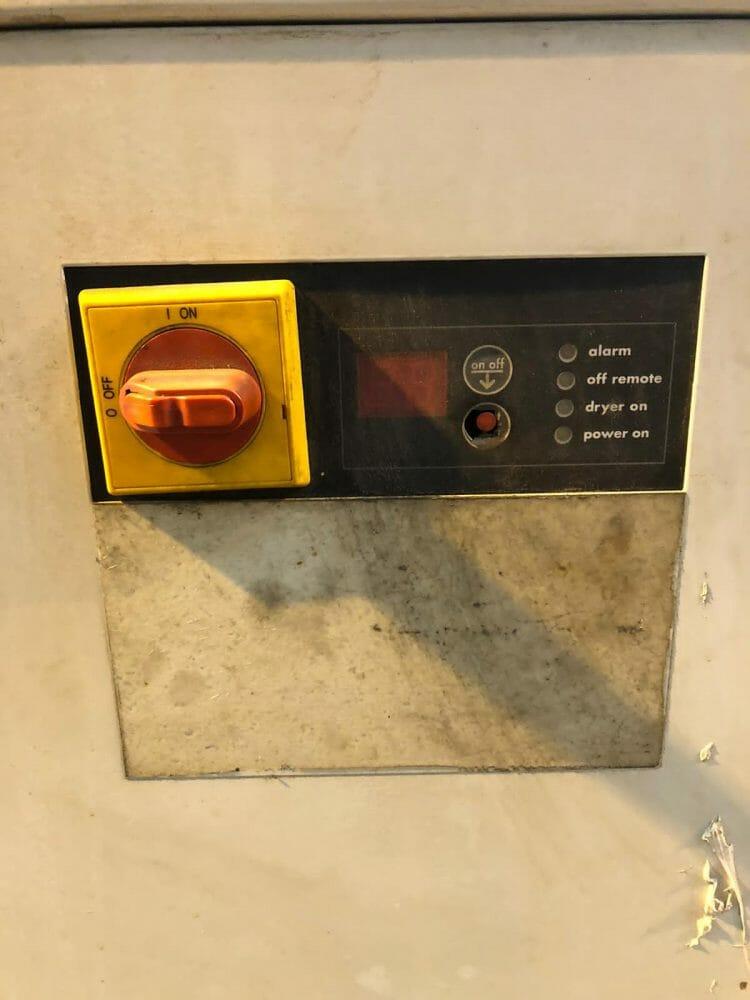 Domnick Hunter CRD1500 refrigerant air dryer 882cfm