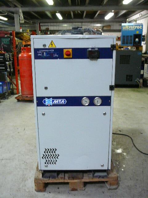 MTA MG028A  1000cfm refrigerant air dryer