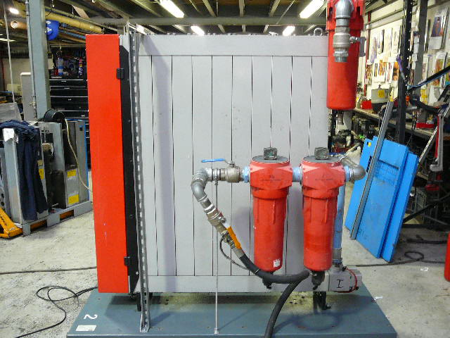 Domnick Hunter DXS110  Desiccant Air Dryer 700 CFM