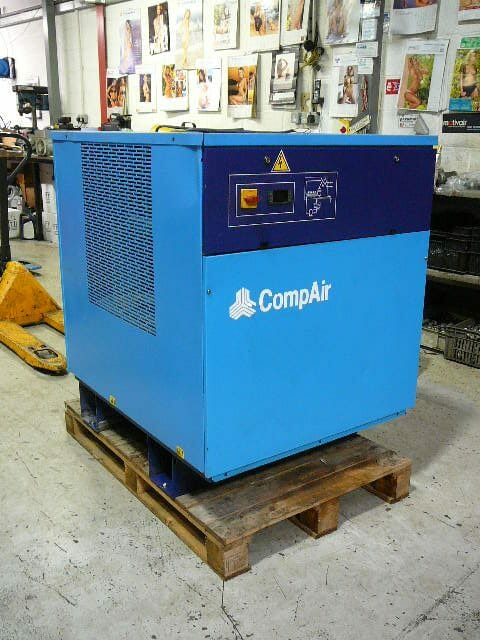 Compair F140T Refrigerant Air Dryer