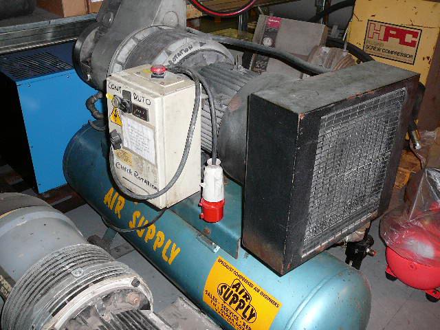 Hydrovane 33 RM hire compressor
