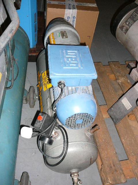 Hydrovane 501 hire compressor