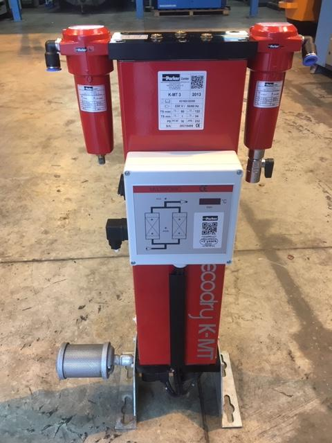 Zander Parker KMT-3 2013 14.7 CFM 16 BAR Desiccant Air Dryer