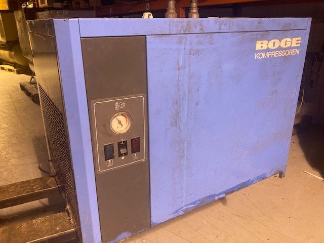 BOGE DK-40 140 CFM Refrigerant Air Dryer