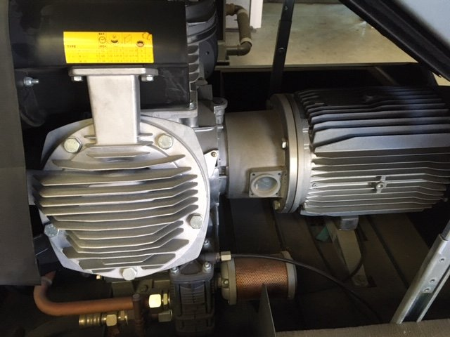 Atlas Copco LF75-10  Oil free Silenced air compressor