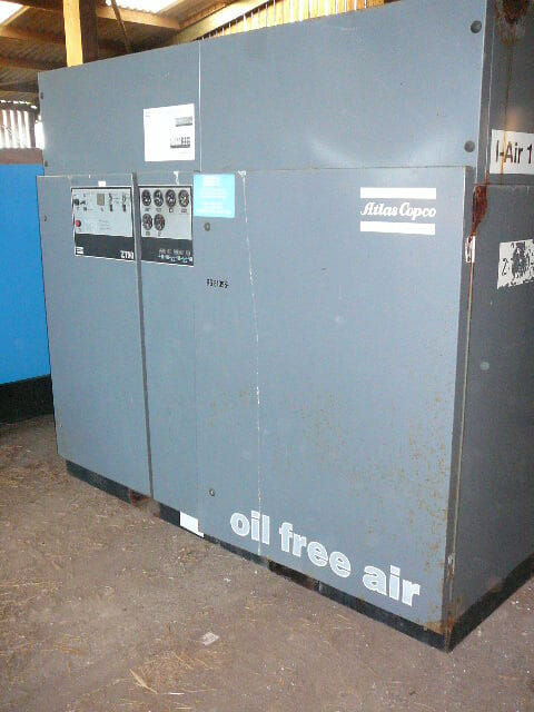 Atlas Copco ZT90 496cfm oil free