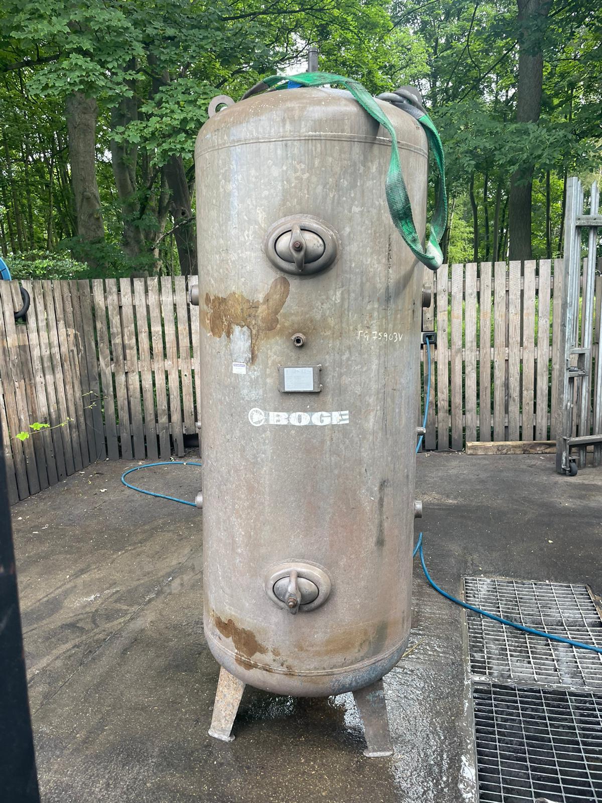 1000 Litre vertical air receiver galvanised 11bar