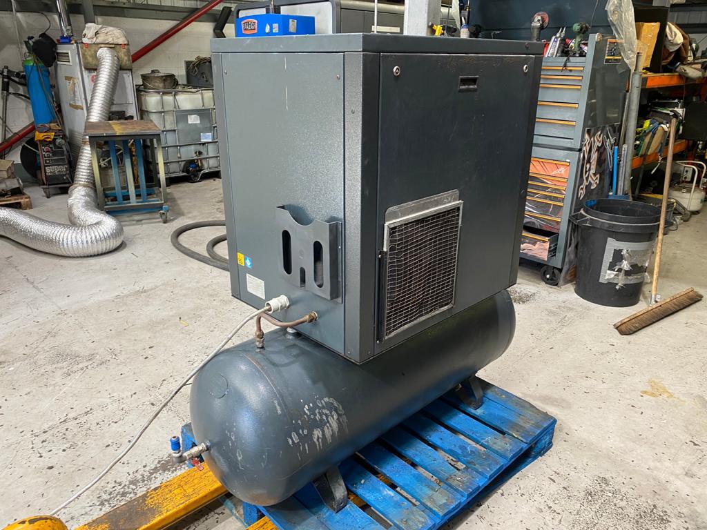 FIAC Tki20 300 L 15 Kw 10 Bar 63 CFM with Air Dryer