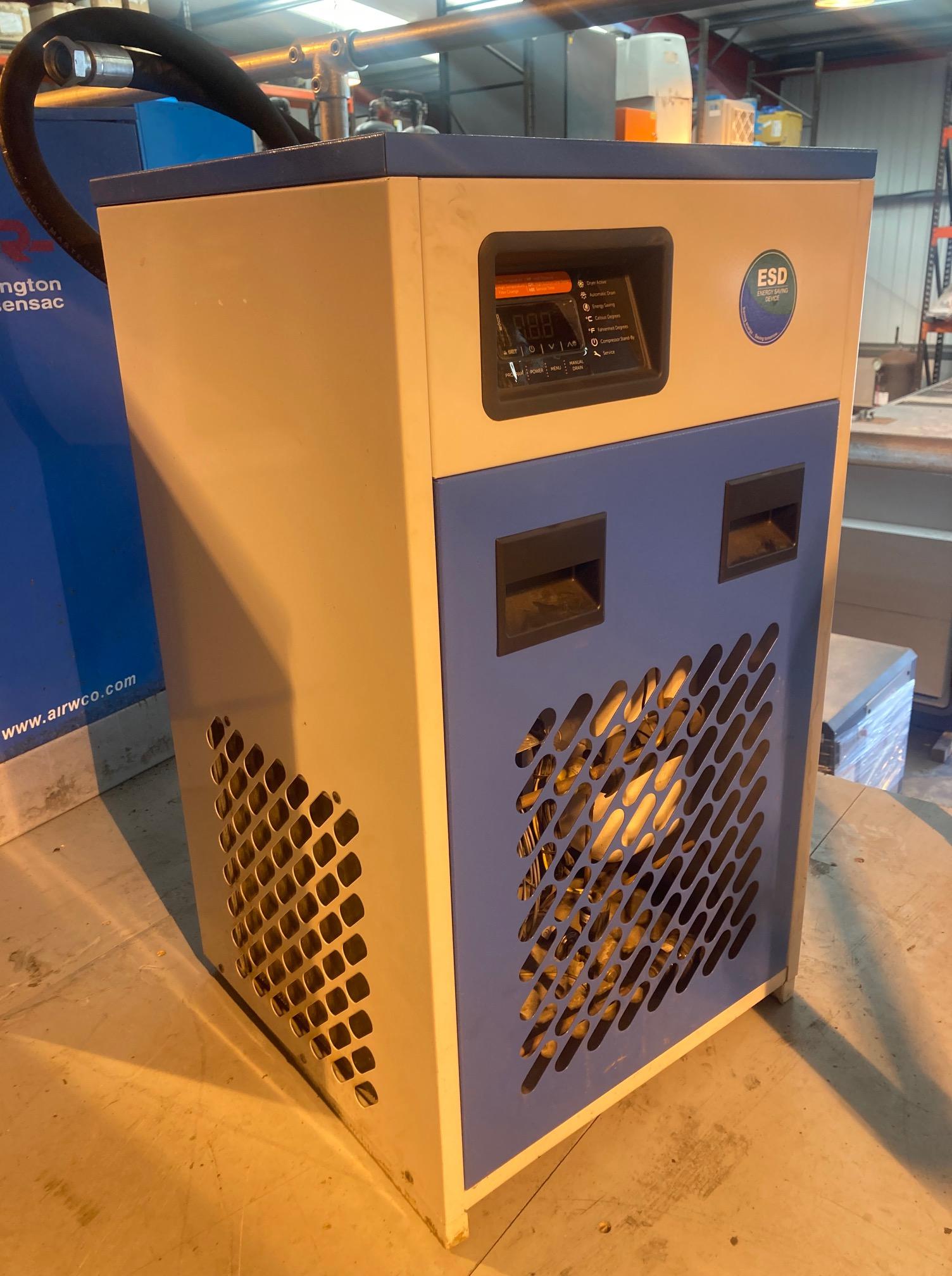 ALMIG ALM-E190 110cfm refrigerant air dryer